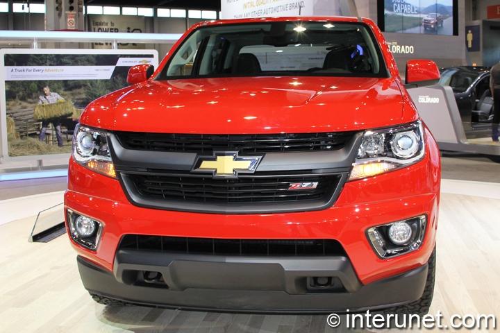 2015-Chevrolet-Colorado-front-view
