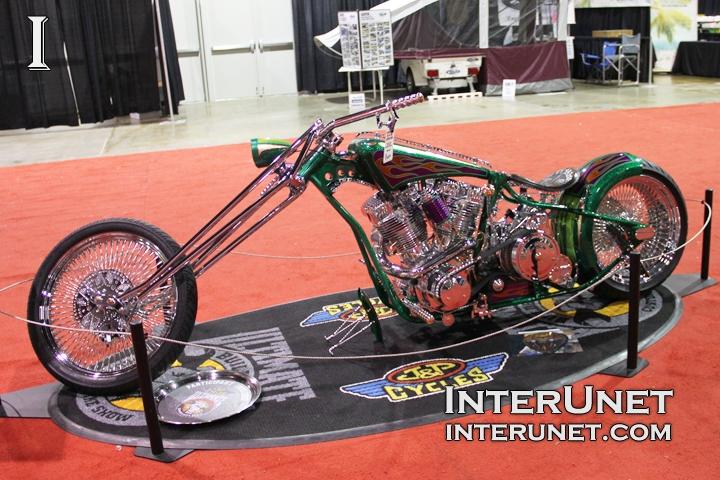 Chopper-custom-motorcycle
