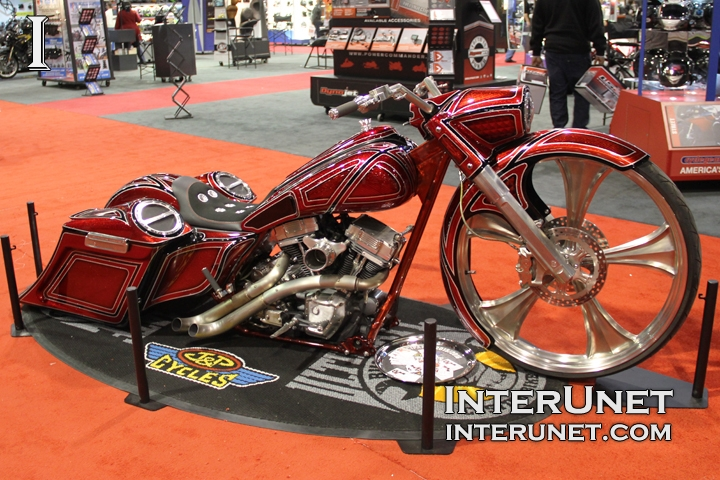 2015-Harley-Davidson-Road-Glide-modified