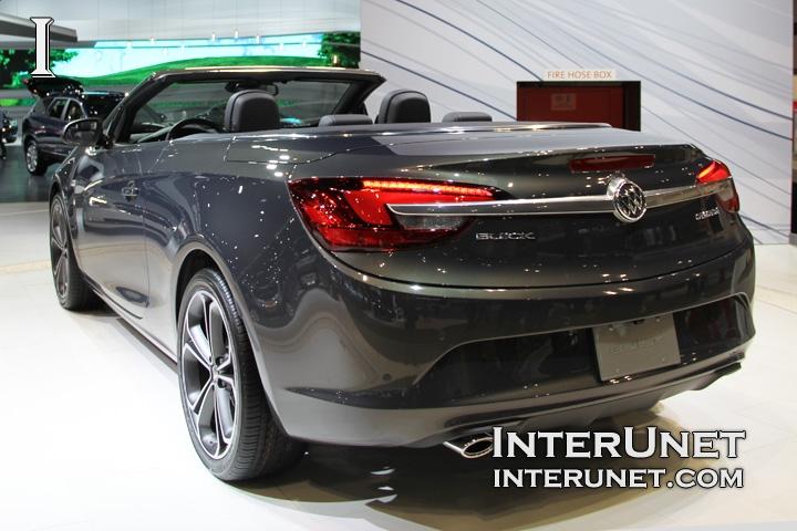 2016-Buick-Cascada-rear