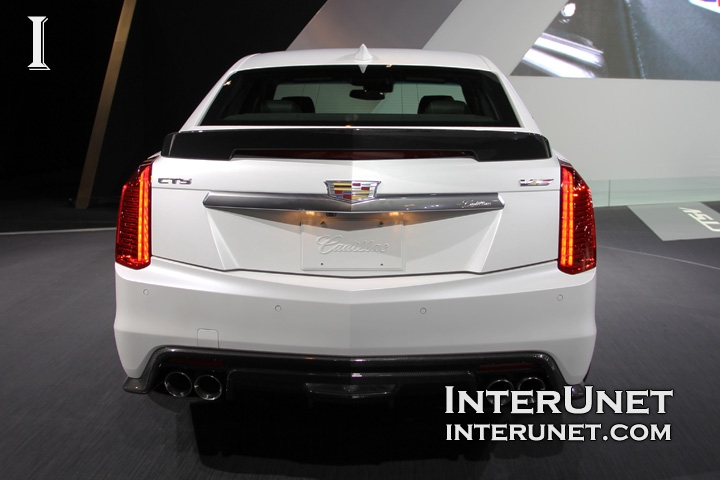 2016-Cadillac-CTS-V-rear