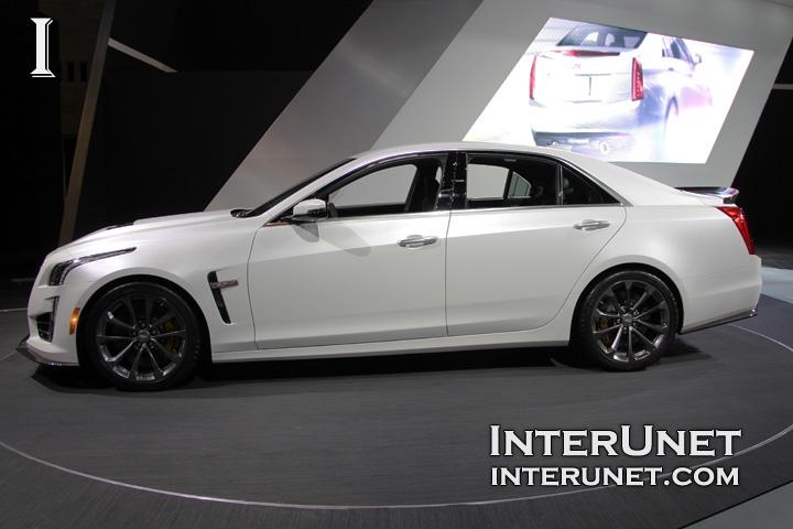 2016-Cadillac-CTS-V-side