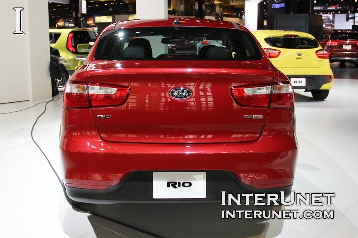 2016-Kia-Rio-Sedan-rear