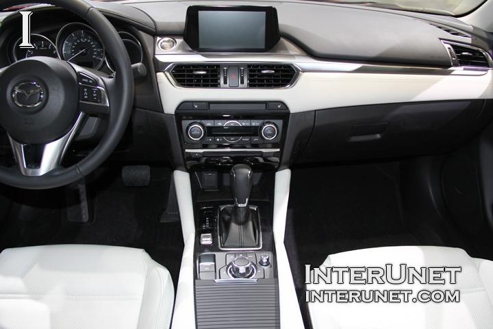 2016-Mazda6-interior