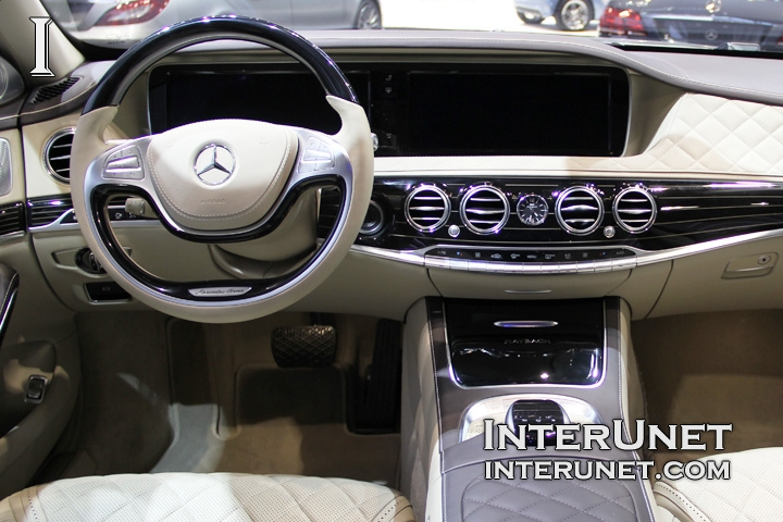 2016-Mercedes-Maybach-S600-dashboard
