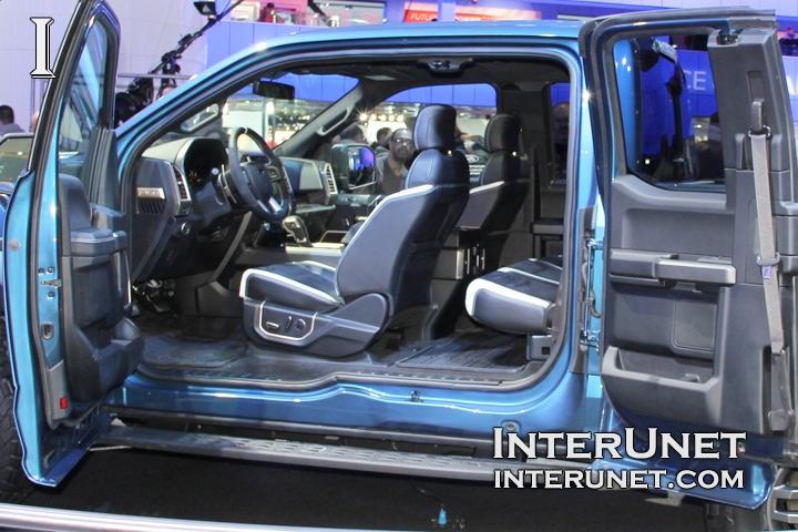 2017 Ford F150 Raptor interior design