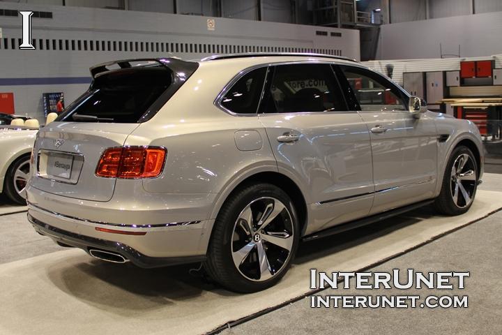2017-Bentley-Bentayga-rear-side