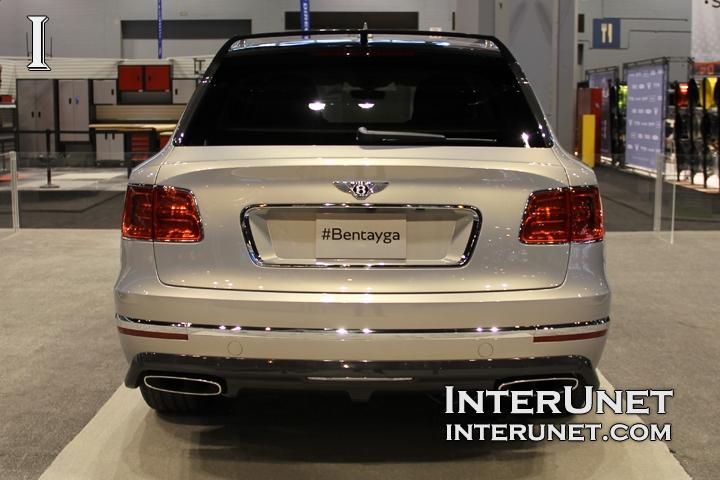 2017-Bentley-Bentayga-rear