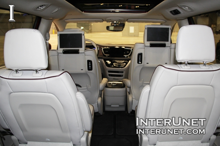 2017-Chrysler-Pacifica-Limited-interior
