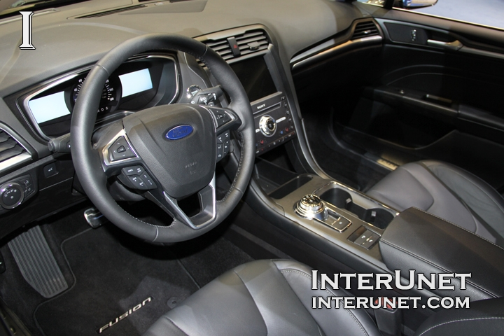 2017-Ford-Fusion-Titanium-interior