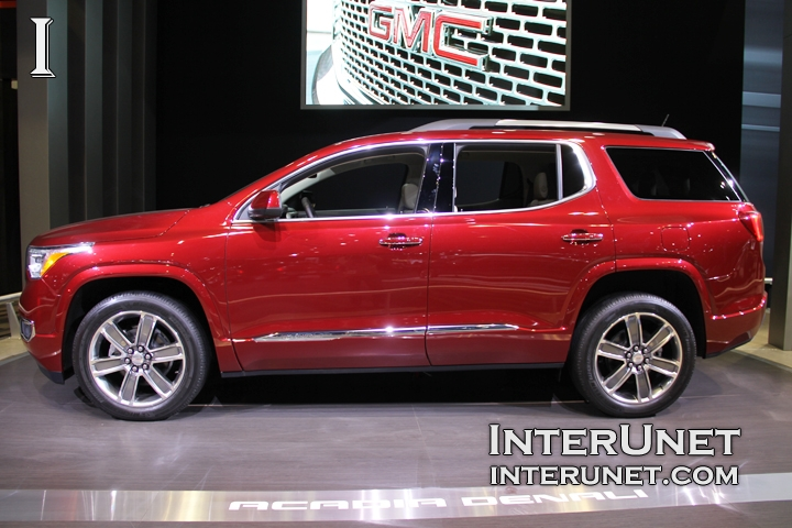 2017-GMC-Acadia-Denali-side