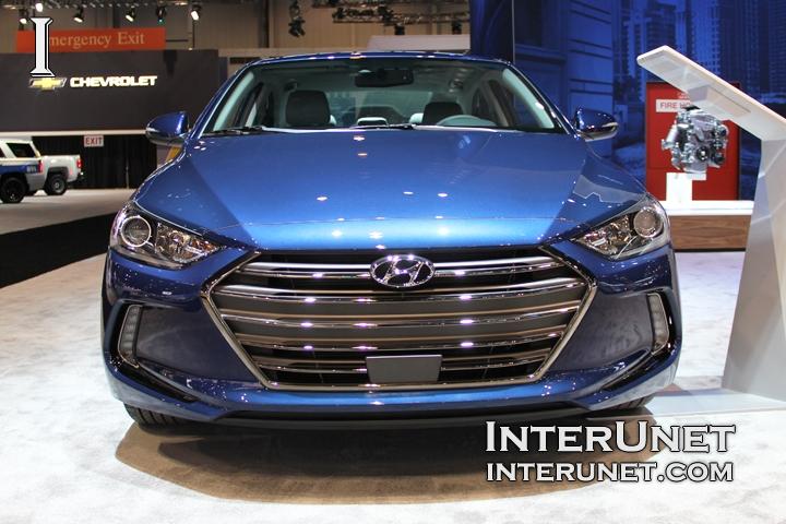 2017-Hyundai-Elantra-Limited-front