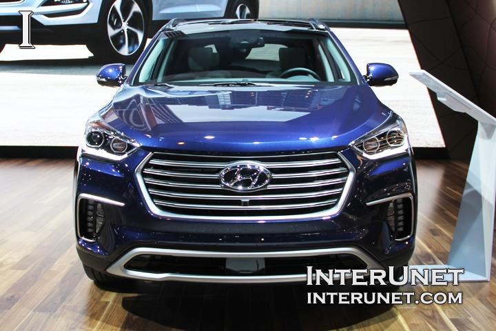 2017-Hyundai-Santa-Fe-Limited-AWD-front