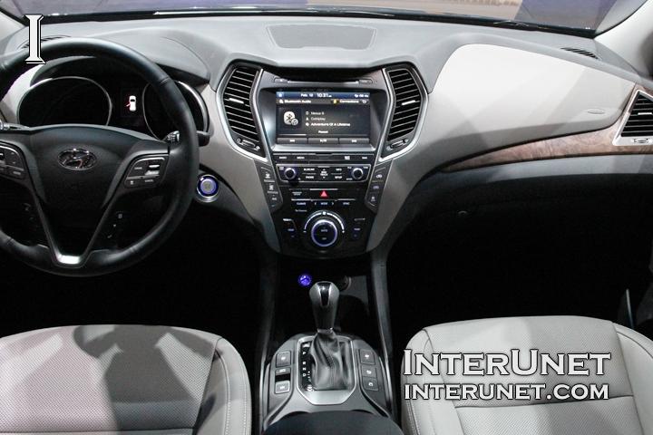 2017-Hyundai-Santa-Fe-Limited-AWD-interior