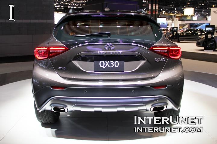 2017-Infiniti-QX30-rear