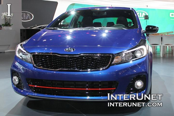 2017-Kia-Forte5-SX-T-GDI-front