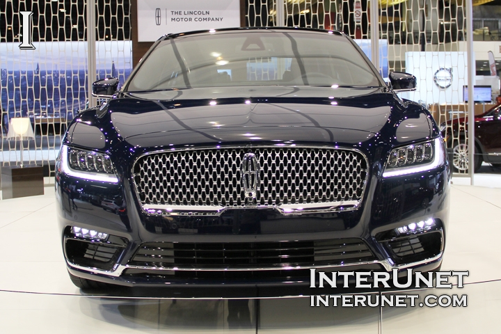 2017-Lincoln-Continental-front