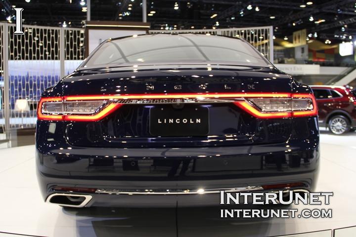 2017-Lincoln-Continental-rear