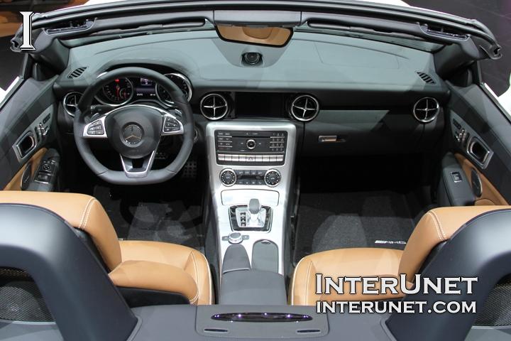 2017-Mercedes-Benz-SLC-inside