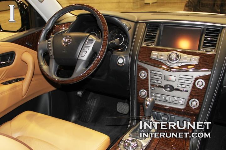 2017-Nissan-Armada-inside