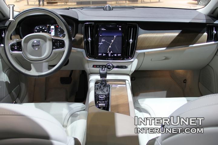 2017-Volvo-S90-interior