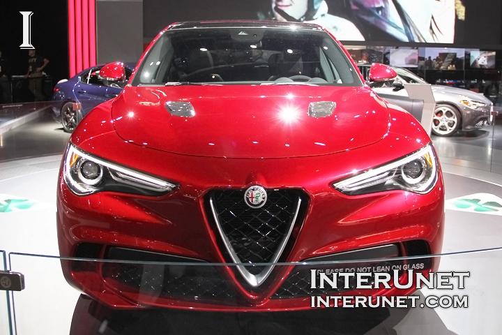 2018-Alfa-Romeo-Stelvio-front