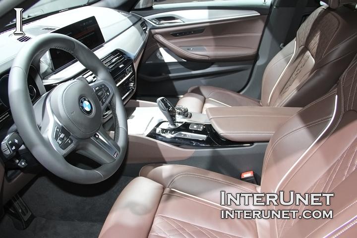 2018-BMW-M550i-interior