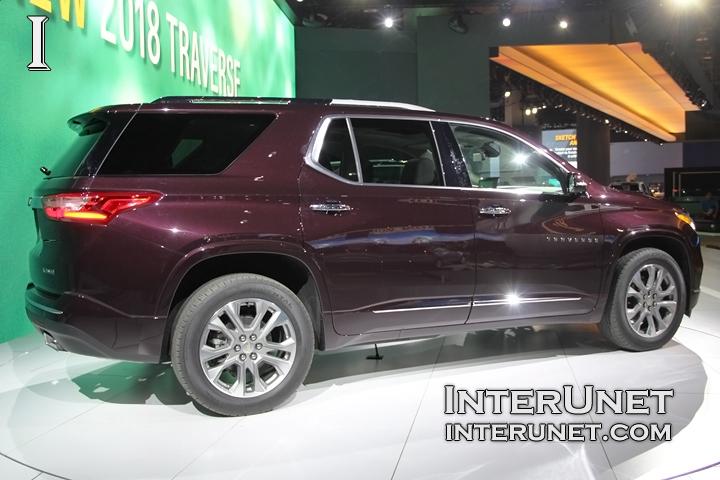 2018-Chevrolet-Traverse-passenger-side-rear