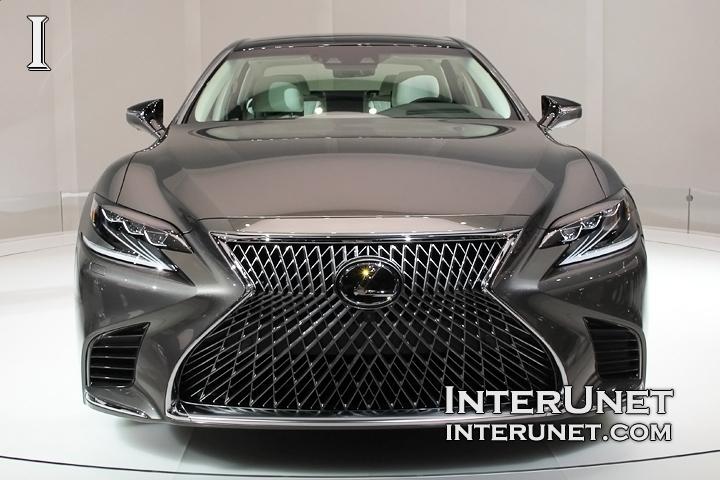 2018-Lexus-LS-500-front