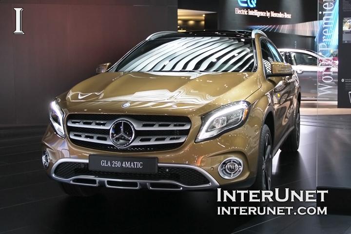 2018-Mercedes-Benz-GLA-250-4Matic-front-left