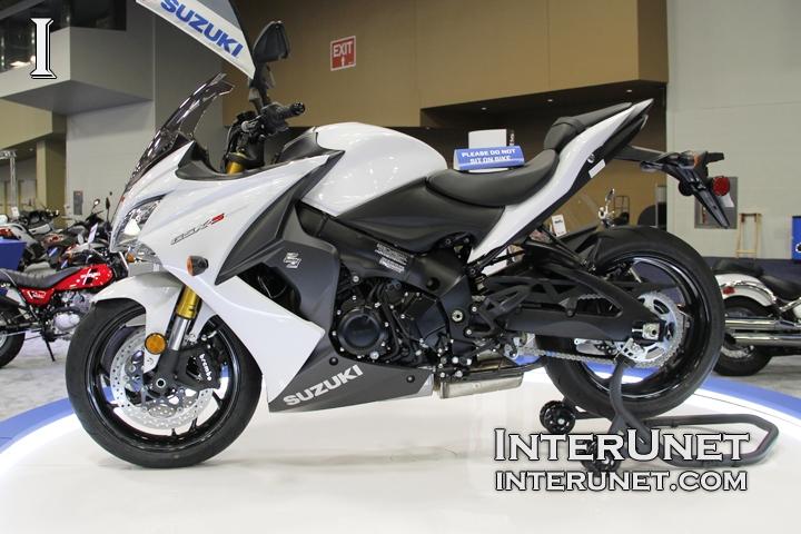 2018-Suzuki-GSX-S1000-ABS