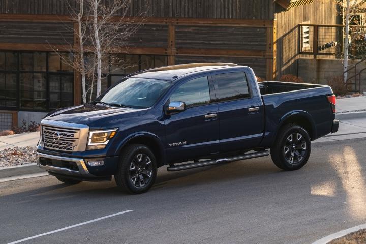 2021_Nissan_Titan_4x4_truck