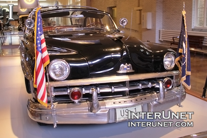 Dwight-D-Eisenhower-Car-1950-Lincoln-Bubbletop