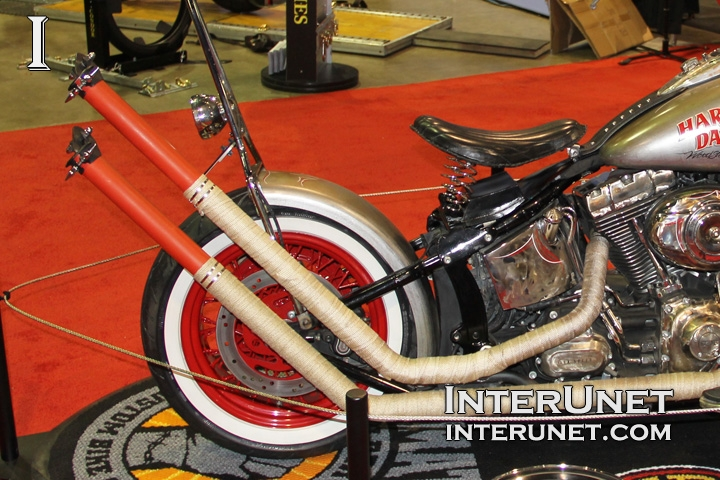 custom-Harley-Davidson-Softail-Deluxe