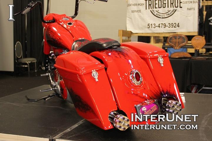 Harley-Davidson-Road-King-modified-custom