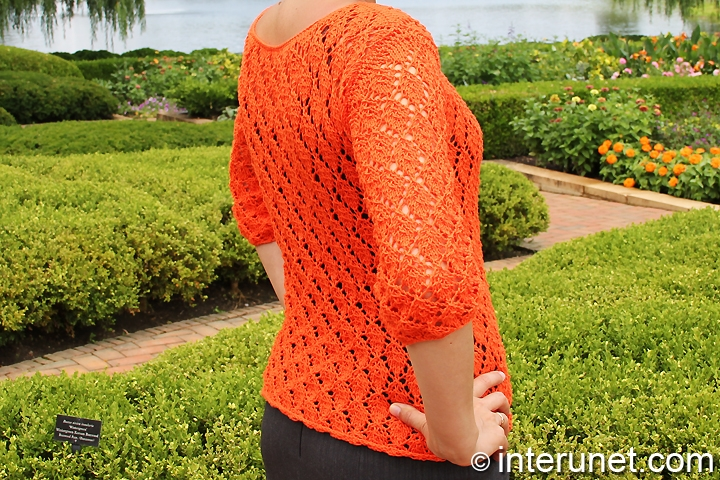 knitted-pullover