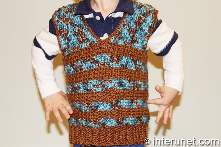 sweater-vest-crochet-pattern