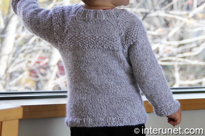 boy's-sweater-knitting-pattern