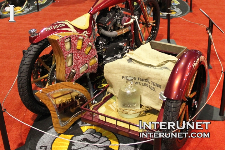 Custom Motorcycle with Sidecar | interunet