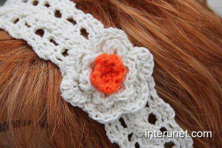 crochet-white-orange-flower