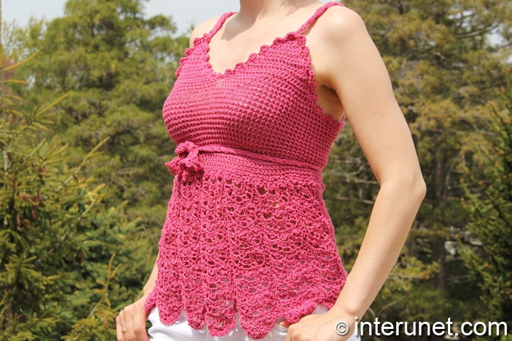women's-flowy-summer-blouse-crochet-pattern