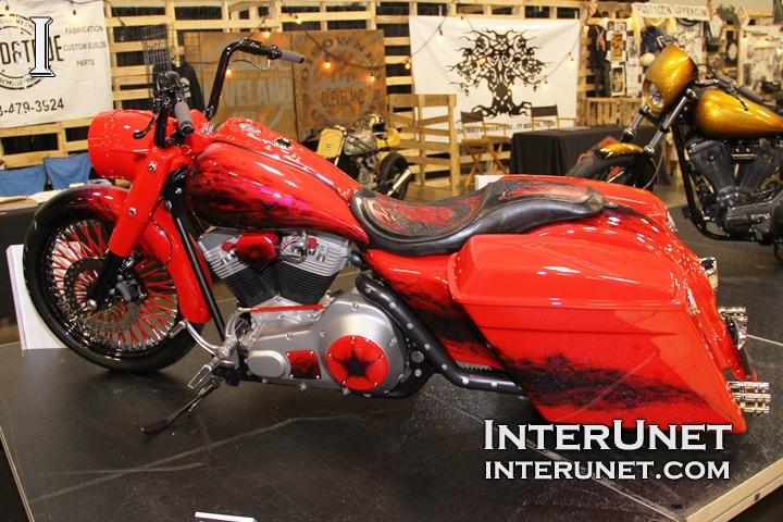 custom-Harley-Davidson-Road-King