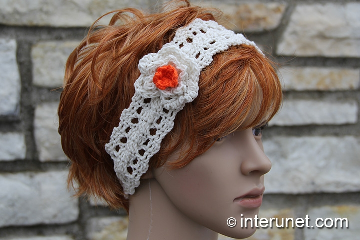 crochet-headband-with-flower