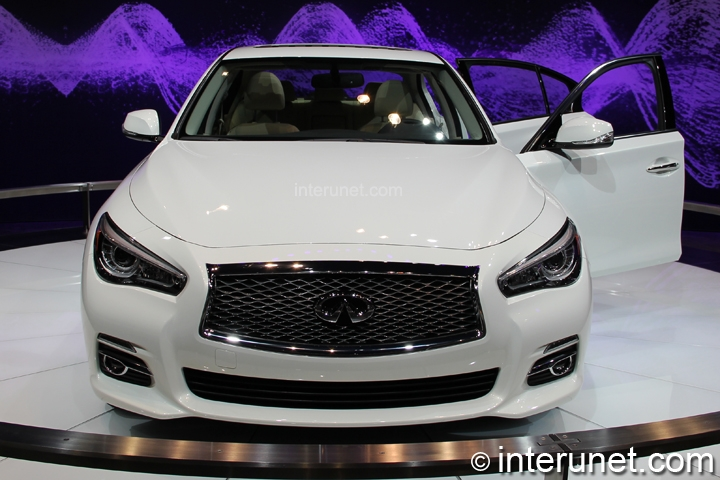 infiniti-Q50-hybrid-front-view