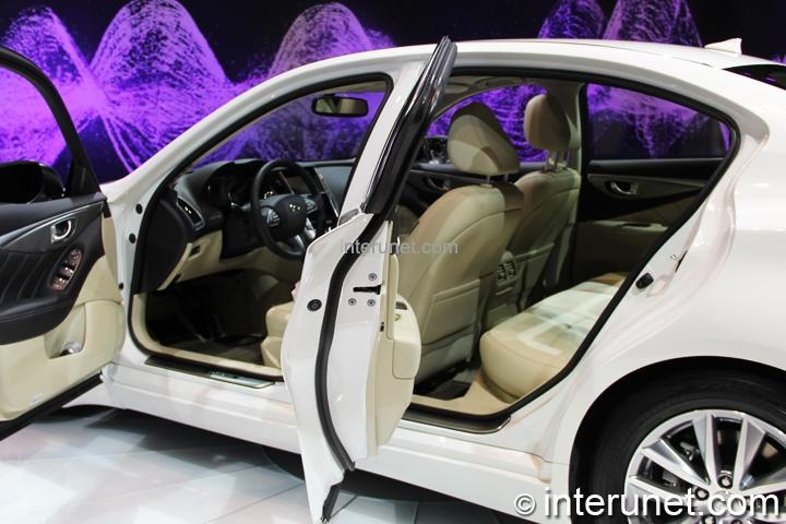 infiniti-Q50-hybrid-interior