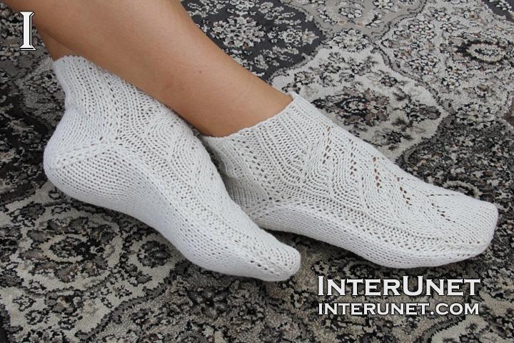 knit-women's-socks