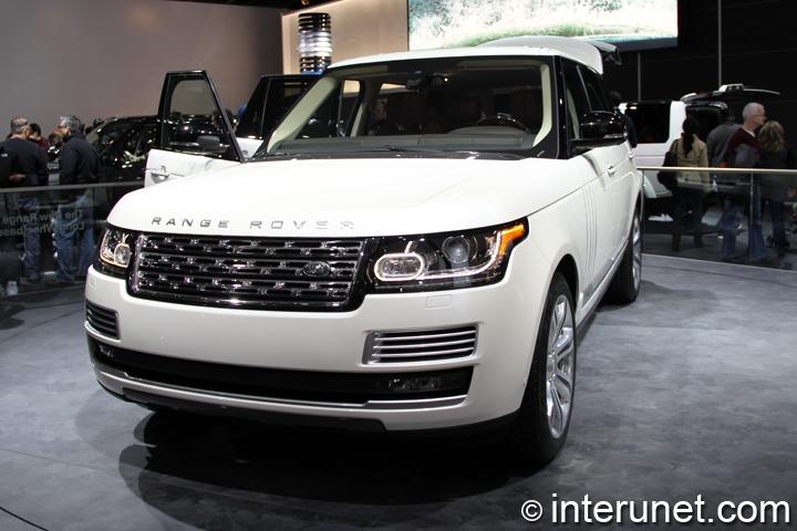 2014-Range-Rover-Long-Wheelbase-front-view