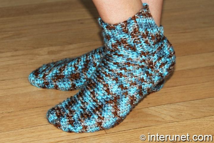 free-socks-crochet-pattern
