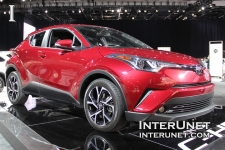 2018-Toyota-C-HR-front-passenger-side