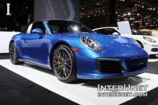 2017-Porsche-911-Targa-4S